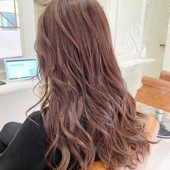 ミルクティーベージュ ピンク ピンクベージュ ロング ヘアスタイルや髪型の写真・画像