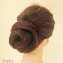 簡単 まとめ髪 ロング ヘアアレンジ ヘアスタイルや髪型の写真・画像