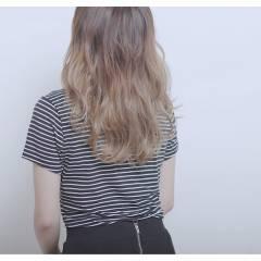 春 グラデーションカラー ストリート セミロング ヘアスタイルや髪型の写真・画像