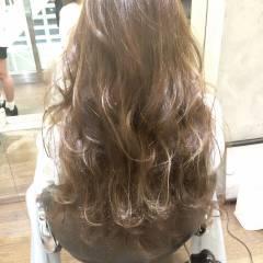 ブラウンベージュ 外国人風 グラデーションカラー ストリート ヘアスタイルや髪型の写真・画像