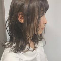アンニュイ 外ハネ 透明感 ナチュラル ヘアスタイルや髪型の写真・画像