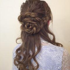 フェミニン ハーフアップ ヘアアレンジ 簡単ヘアアレンジ ヘアスタイルや髪型の写真・画像