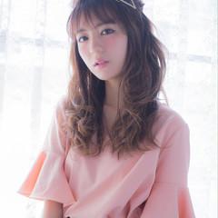 ピュア ロング 大人かわいい 簡単ヘアアレンジ ヘアスタイルや髪型の写真・画像