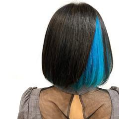 インナーカラー ショートヘア ブルー ターコイズブルー ヘアスタイルや髪型の写真・画像