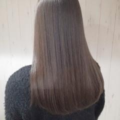 透明感 ロング ナチュラル ミルクティーベージュ ヘアスタイルや髪型の写真・画像