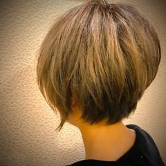 ショート グラデーションカラー ストリート ヘアスタイルや髪型の写真・画像