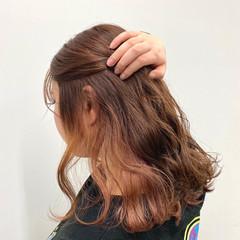 ラベンダーカラー ナチュラル インナーカラー ピンクカラー ヘアスタイルや髪型の写真・画像