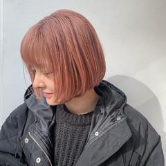 切りっぱなしボブ ミニボブ ピンクベージュ ブリーチカラー ヘアスタイルや髪型の写真・画像