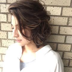 こなれ感 大人女子 センターパート 小顔 ヘアスタイルや髪型の写真・画像
