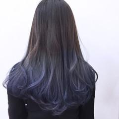 フェミニン ハイトーン 暗髪 グラデーションカラー ヘアスタイルや髪型の写真・画像