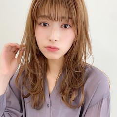 セミロング 毛先パーマ レイヤーカット 簡単スタイリング ヘアスタイルや髪型の写真・画像