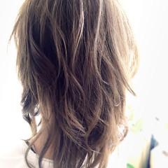 くせ毛風 外国人風 ゆるふわ 冬 ヘアスタイルや髪型の写真・画像