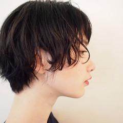 ショート 黒髪 ショートバング スポーツ ヘアスタイルや髪型の写真・画像