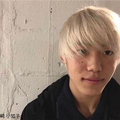 ショート ホワイト 外国人風 メンズ ヘアスタイルや髪型の写真・画像