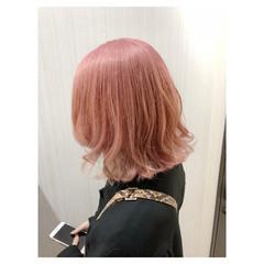 ホワイトブリーチ フェミニン ピンク ボブ ヘアスタイルや髪型の写真・画像
