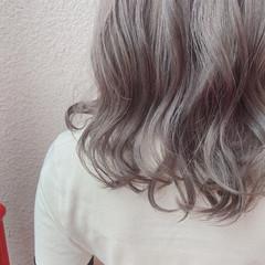 デート 透明感カラー ミディアム ブリーチなし ヘアスタイルや髪型の写真・画像