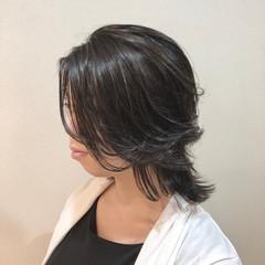 オリーブグレージュ 外国人風 外国人風カラー ストリート ヘアスタイルや髪型の写真・画像