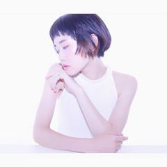 ショート 前髪あり モード ハイライト ヘアスタイルや髪型の写真・画像