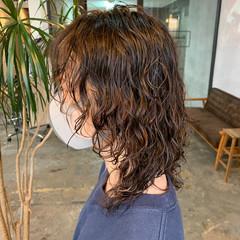 ストリート ウルフパーマ ウルフ女子 スパイラルパーマ ヘアスタイルや髪型の写真・画像