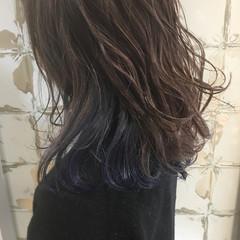ブルー ネイビー ネイビーアッシュ インナーカラー ヘアスタイルや髪型の写真・画像