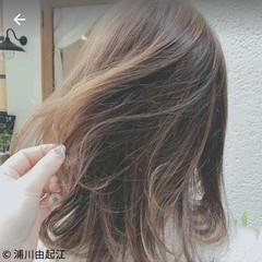 外国人風 大人かわいい ハイライト ナチュラル ヘアスタイルや髪型の写真・画像