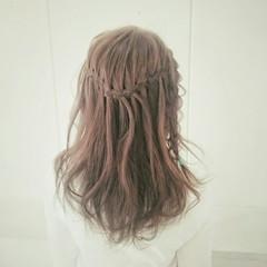 外国人風 ストレート フェミニン セミロング ヘアスタイルや髪型の写真・画像
