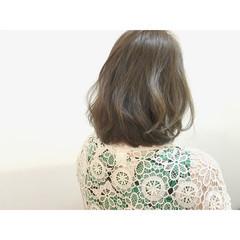 ロブ ボブ アッシュ オリーブアッシュ ヘアスタイルや髪型の写真・画像