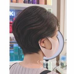 くせ毛 大人ショート ショートヘア ナチュラル ヘアスタイルや髪型の写真・画像