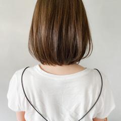 アウトドア 大人かわいい アンニュイほつれヘア 切りっぱなしボブ ヘアスタイルや髪型の写真・画像
