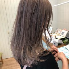ブリーチ ブリーチカラー ナチュラル セミロング ヘアスタイルや髪型の写真・画像