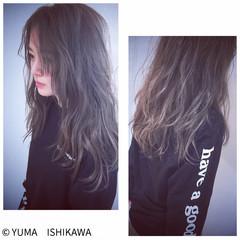 外国人風カラー ストリート グラデーションカラー アッシュグレージュ ヘアスタイルや髪型の写真・画像