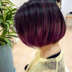 パープル ボブ グラデーションカラー 紫 ヘアスタイルや髪型の写真・画像