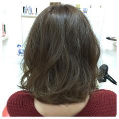 ゆるふわ 暗髪 ガーリー アッシュ ヘアスタイルや髪型の写真・画像