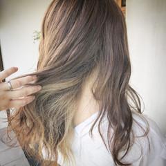 セミロング インナーカラー 外国人風カラー ナチュラル ヘアスタイルや髪型の写真・画像