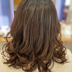 エレガント 透明感カラー 髪質改善カラー 髪質改善 ヘアスタイルや髪型の写真・画像
