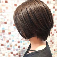 前下がり エレガント ボブ 上品 ヘアスタイルや髪型の写真・画像