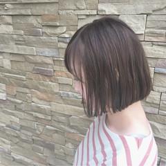 リラックス 暗髪 ハイライト ボブ ヘアスタイルや髪型の写真・画像