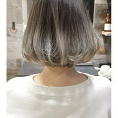斜め前髪 ハイライト リラックス ボブ ヘアスタイルや髪型の写真・画像