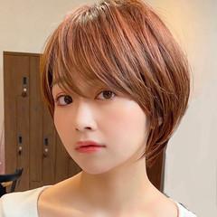 マッシュショート ショート アンニュイほつれヘア ナチュラル ヘアスタイルや髪型の写真・画像