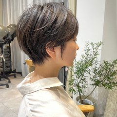 ミニボブ ナチュラル ショート ショートボブ ヘアスタイルや髪型の写真・画像