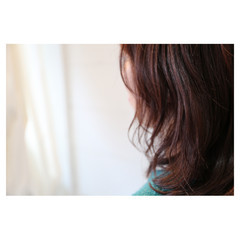 大人女子 イルミナカラー 抜け感 ミディアム ヘアスタイルや髪型の写真・画像