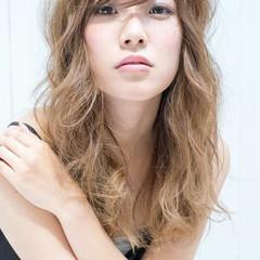 パーマ 外国人風 セミロング 渋谷系 ヘアスタイルや髪型の写真・画像