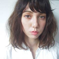 ゆるふわ グラデーションカラー 外国人風 ミディアム ヘアスタイルや髪型の写真・画像