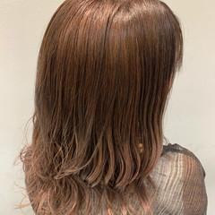 ナチュラル グラデーションカラー パープル セミロング ヘアスタイルや髪型の写真・画像