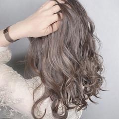 大人可愛い 外国人風カラー ミディアム アディクシーカラー ヘアスタイルや髪型の写真・画像