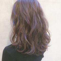 アンニュイ ゆるふわ 大人かわいい ナチュラル ヘアスタイルや髪型の写真・画像