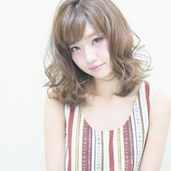 フェミニン 大人かわいい 前髪あり ガーリー ヘアスタイルや髪型の写真・画像
