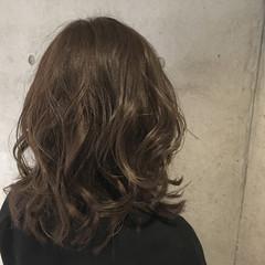 外国人風 ブラウン ナチュラル 暗髪 ヘアスタイルや髪型の写真・画像