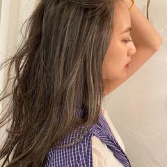 大人ロング 極細ハイライト ハイライト 大人ハイライト ヘアスタイルや髪型の写真・画像