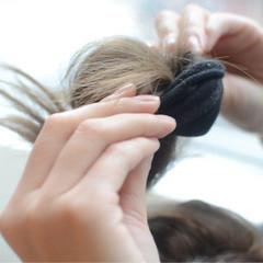 巻き髪 ゆるふわ 簡単ヘアアレンジ セミロング ヘアスタイルや髪型の写真・画像